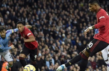 Man United defeats City on weekend derby