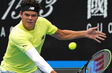 Canadian Milos Raonic advances to 3rd round at Australian Open