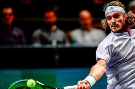 Tsitsipas fights back to advance in Rotterdam