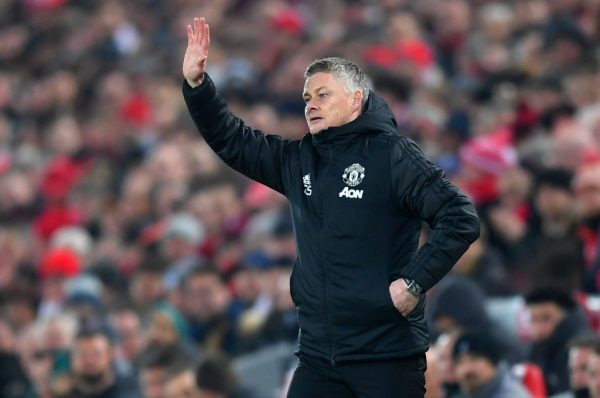 Manchester United will not force players to return