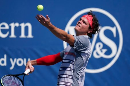 Milos Raonic earns spot in European Open quarter-finals