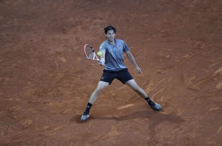 Dominic Thiem wins easily over Marcos Giron, advances to third round of Madrid Open